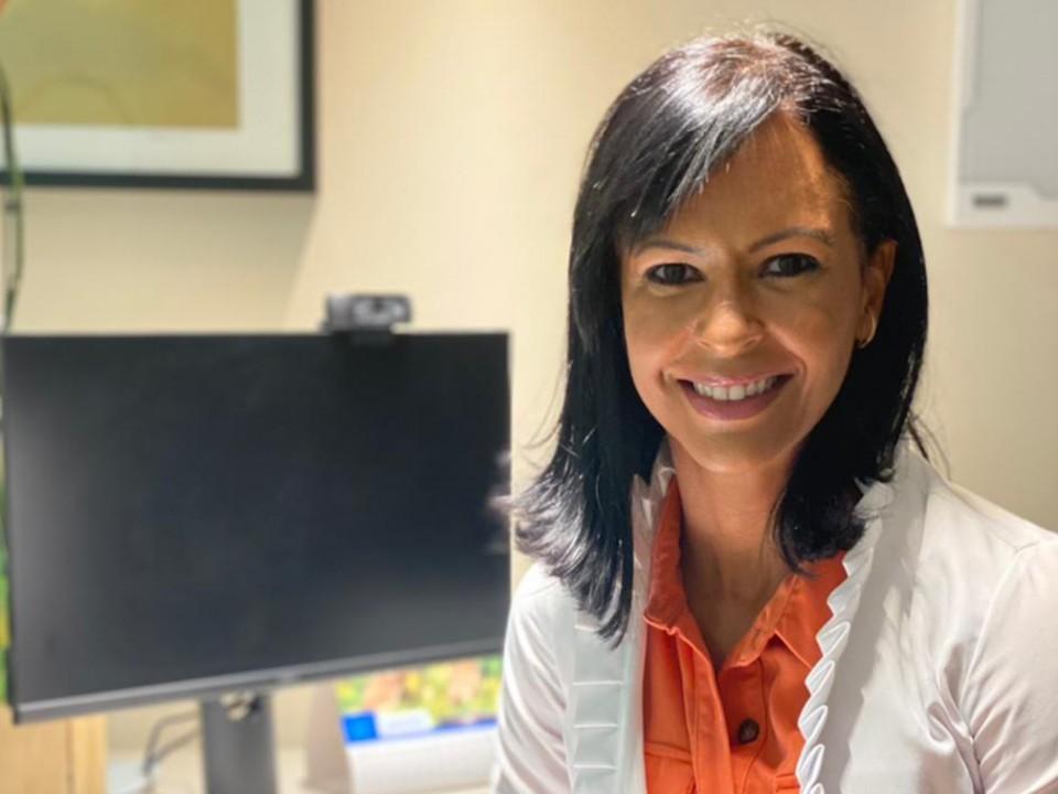 Oncologista Renata Cangussu, presidente da SBOC-BA